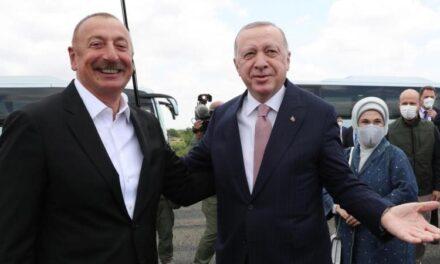 Turquía y Azerbaiyán sellan su alianza con la firma de una declaración en Shushá