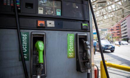 Sondeo muestra que 89 % de empresas venezolanas sufren escasez de combustible
