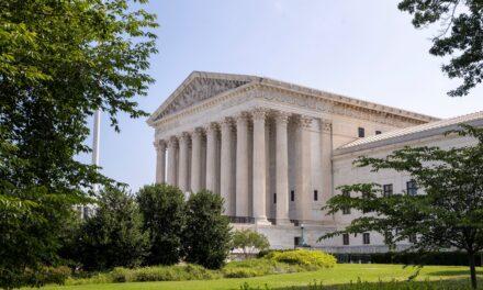 El Tribunal Supremo de EE.UU. salva la reforma sanitaria de Obama