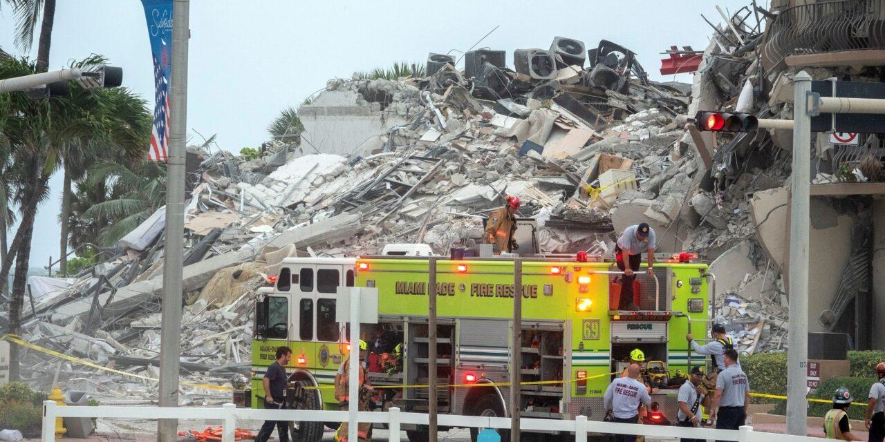 Un muerto y 99 desaparecidos en el derrumbe de un edificio en la playa de Miami