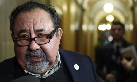 Alcaldes proponen Grijalva enmendar Ley promesa para limitar presencia junta