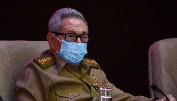 Raúl Castro acudió a una reunión del PCC para analizar las protestas en Cuba