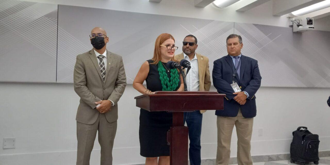 Persiste la pugna en los muelles entre unionados y la  empresa Luis Ayala Colón