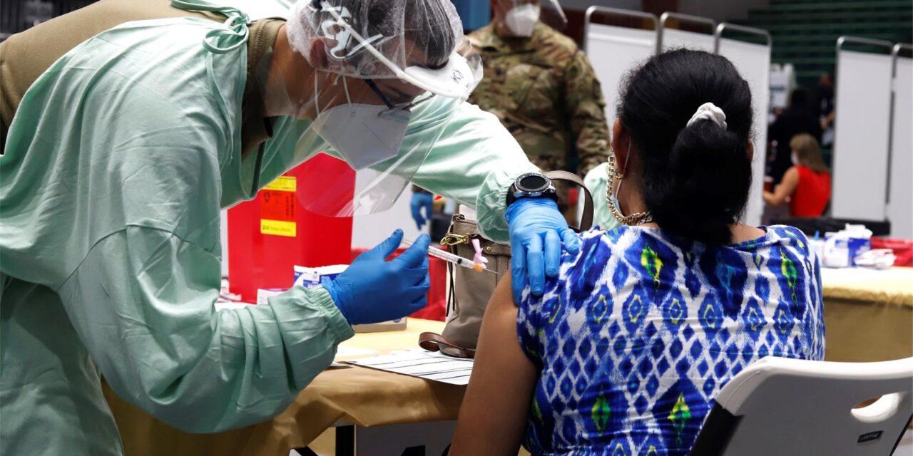 Puerto Rico comienza a inocular tercera dosis contra la covid-19