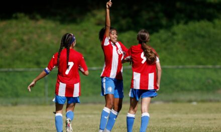 Puerto Rico mantiene su invicto ante Granada y asegura boleto a la final femenina
