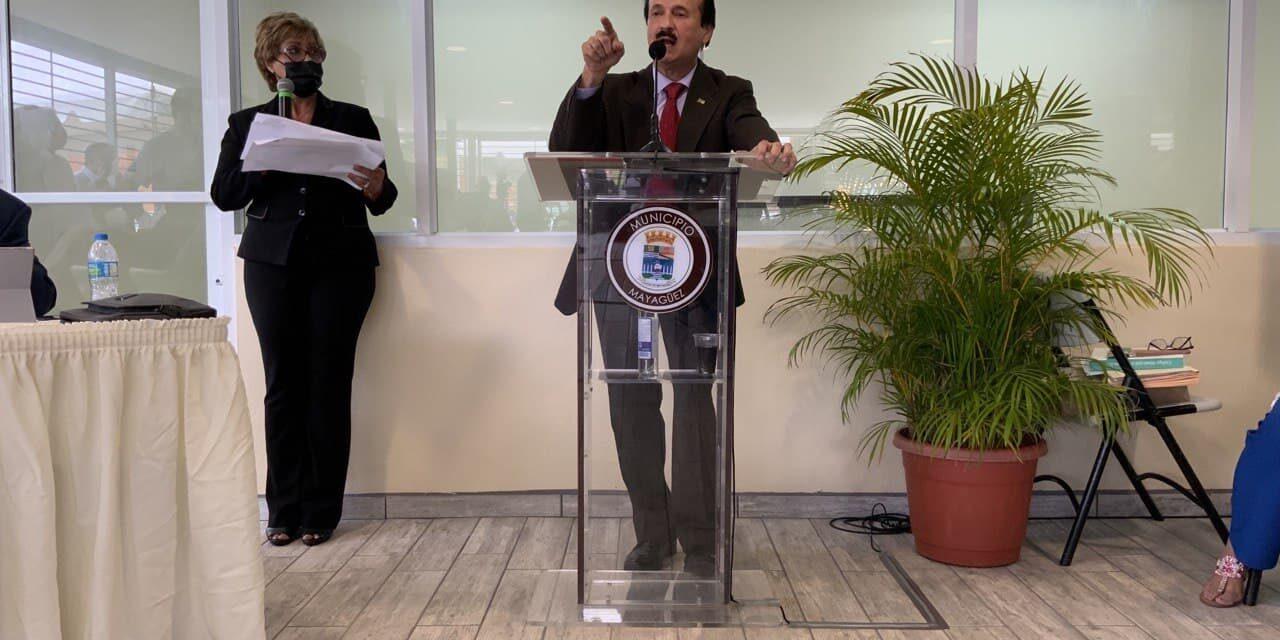 Justicia recomienda designación de un FEI contra el alcalde de Mayagüez y a la gerente de finanzas del municipio