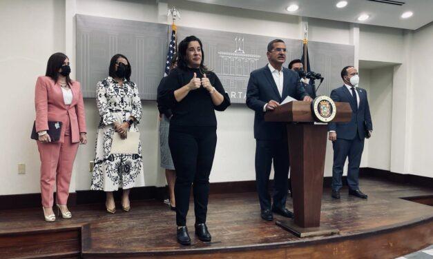 Gobernador anuncia $20 millones para segunda fase de programa para eliminar techos azules