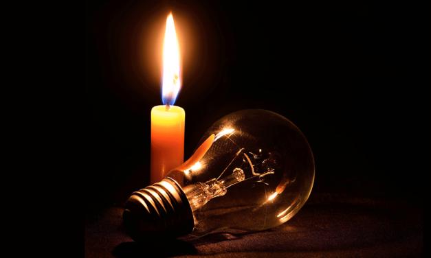 Arededor de 27 mil personas siguen sin luz tras sucesos del domingo