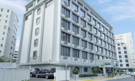 Dos individuos asaltan hotel en San Juan y roban $1,269