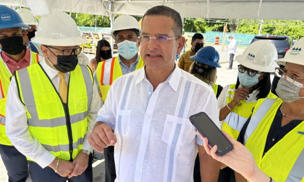 Gobernador exige a LUMA Energy que resuelvan averías en horas y no en días