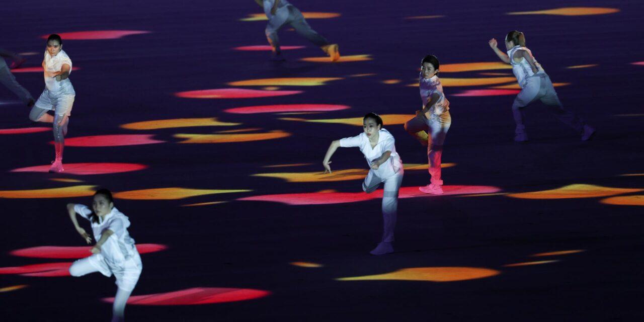 Un remix de tradición y tecnología abre el telón de unos Juegos insólitos