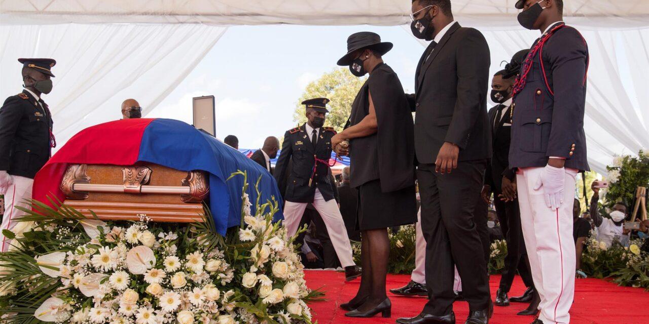 Sepultan al asesinado presidente haitiano Jovenel Moise
