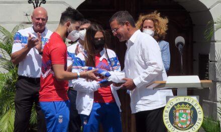 Gobernador de Puerto Rico abandera a delegación para los Juegos Olímpicos Tokio 2020