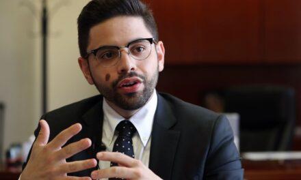 Secretario de Hacienda aboga por una mayor fiscalización sobre Leyes 20 y 22