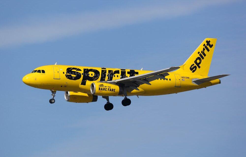 La aerolínea Spirit cancela vuelos debido a «fallos operativos» en la red