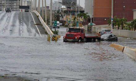 Emiten alerta de inundaciones ante paso de onda tropical