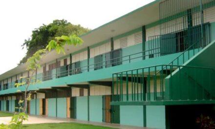 Aprueban 193 millones para mejoras a planta física de las escuelas públicas