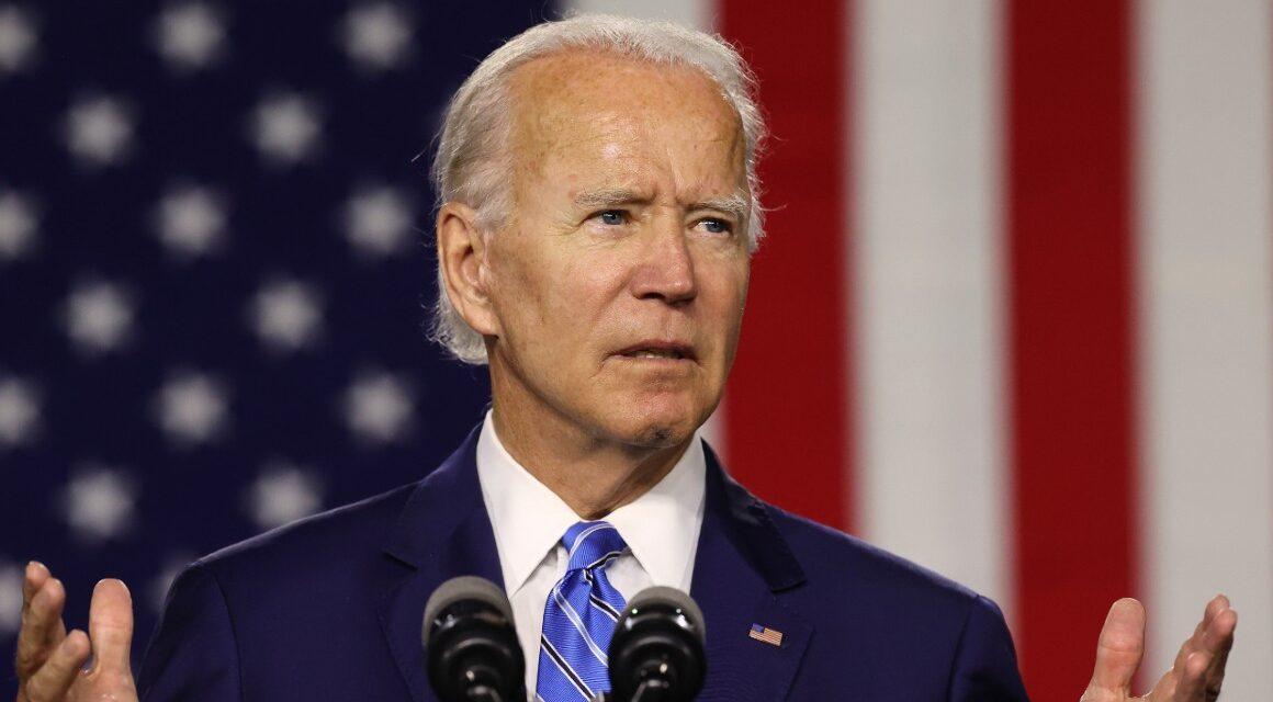 Biden subraya sus esfuerzos por la equidad para la comunidad hispana