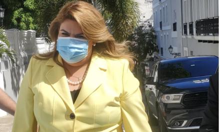 Jenniffer González exige explicaciones y soluciones al componente energético ante el nefasto servicio a la ciudadanía