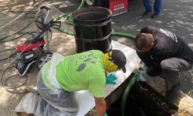 Recolectan 12,100 galones de mezcla de agua y aceite derramados en San Juan