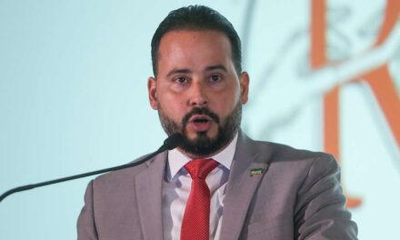 Asociación de Alcaldes exigen a Pierluisi que rinda cuentas sobre apagones