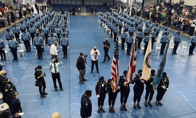 Academia de la Policía gradúa a 122 nuevos agentes