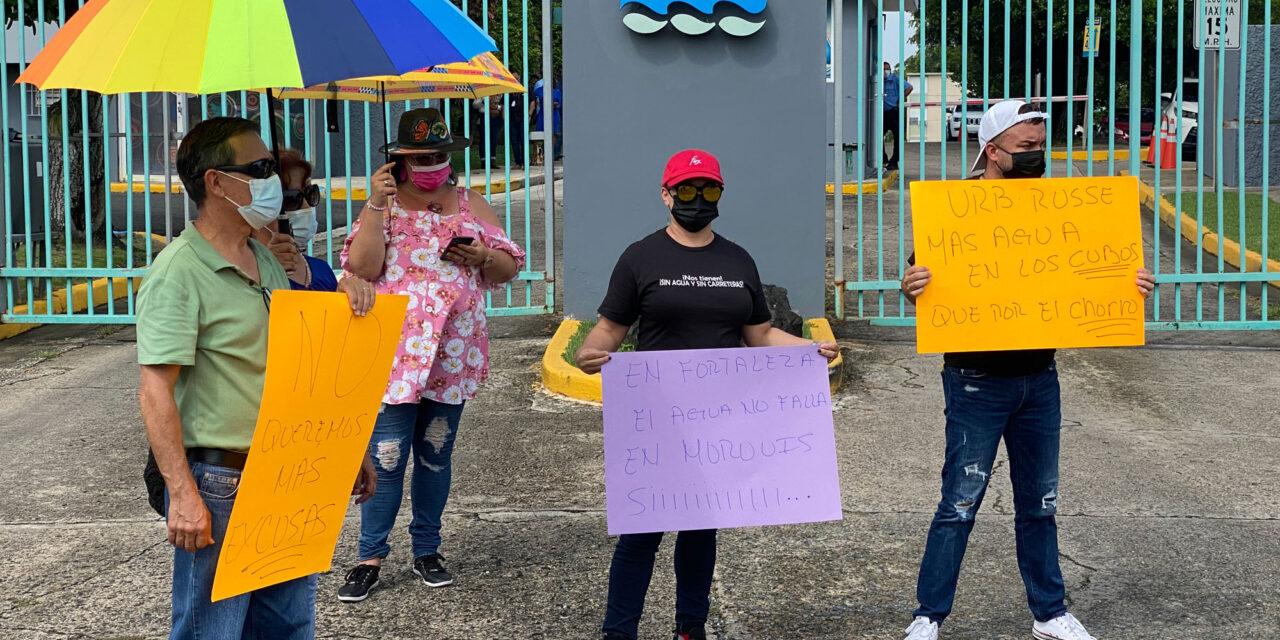 Moroveños protestan por falta de agua